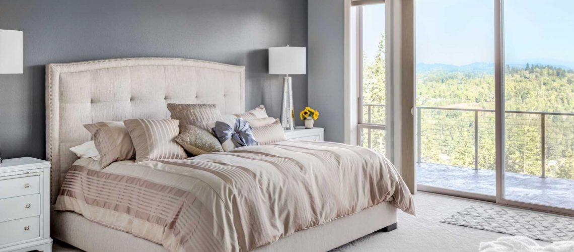 Bedroom_02_45169092_x1900_SFW